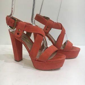 Pour La Victoire Orange heel